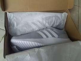 Sepatu adidas Lite Racer 2.0