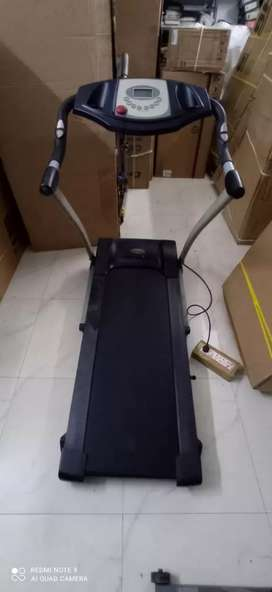 Motorised Used Treadmill for sale