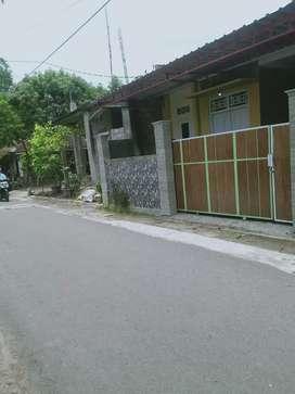 Rumah Dijual pinggir aspal