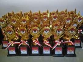 Trophy piala event siap kirim