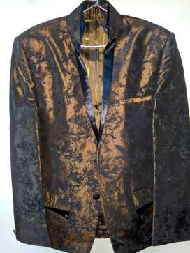 Black And Brown embroidery blazer