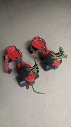 Skates in red color