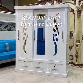 SEANDRY JAYA Furniture Depok/Lemari pakaian sliding 3 pintu putih/kayu