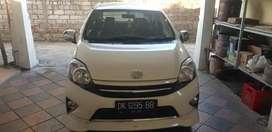Dijual Toyota Agya 2014 matic putih