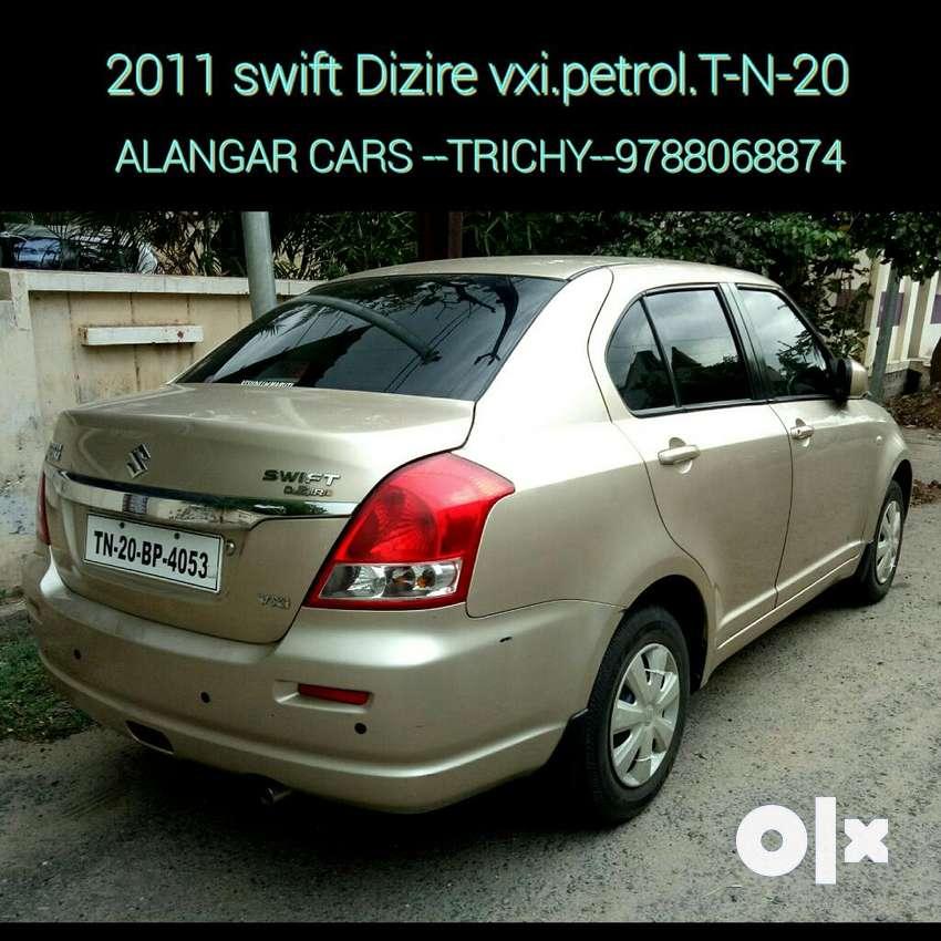 Maruti Suzuki Swift Dzire VXI, 2011, Petrol 0