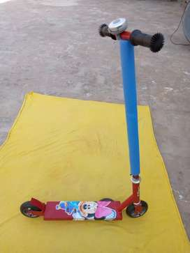New  strong scooty  for kids and adults made in Pakistan