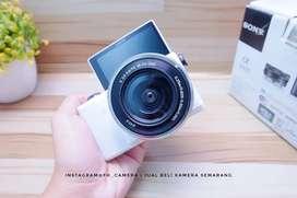 Sony A5000 lensa kit 16-50 oss mulus fullset murah