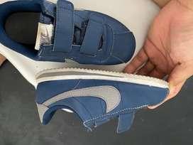 Sepatu anak size 31 nike original