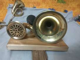 Vintage type pure brass working horn for vintage cars or bikes
