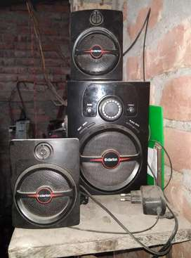 Clarion  bt 2.1 sound system