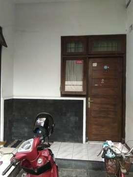 Rumah nyaman kampung baru Solo kota Surakarta