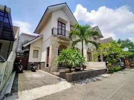 Turun Harga !! Rumah Dijual Dalam Perumahan Elite The Residence