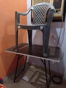 Study table n chair