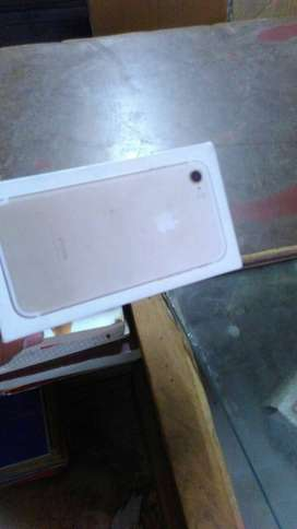 I phone 7  available Best Price WITH ALL ACCESSIRIOS COD AVAILABLE