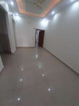 1100 sq ft ground floor showroom space available balliwala chk GMs rod