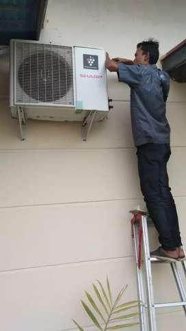 Servis ac rumah dan perbaikan semua jenis  alat listrik
