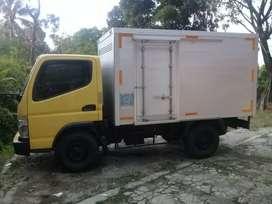 Mistubishi Engkel Box Tahun 2012
