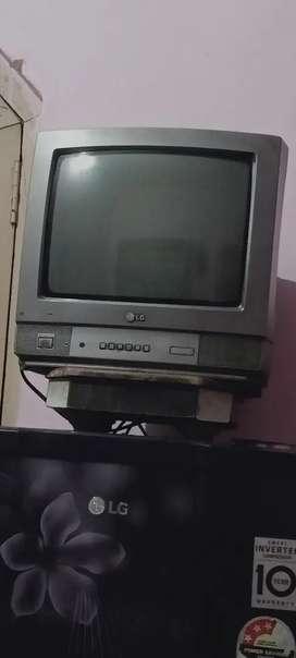 A L.G TV good condition