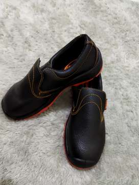 sepatu safty dr. Osha