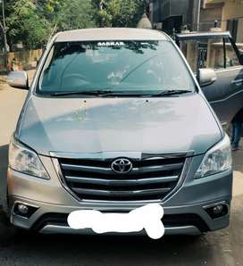 Toyota Innova 2015 Diesel 94000 Km Driven second owner..agent excuse..