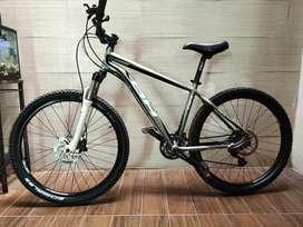 BH MTB bike not giant specialized polygon scott dahon trek