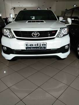 Fortuner TRD VNT Turbo, 2014, Putih