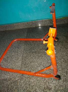 KTM stand 390 200 style
