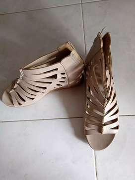 Wedges St.Moriz Cream