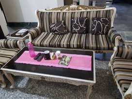 5 seater sofa set + 1 coffee table + 2 side tables