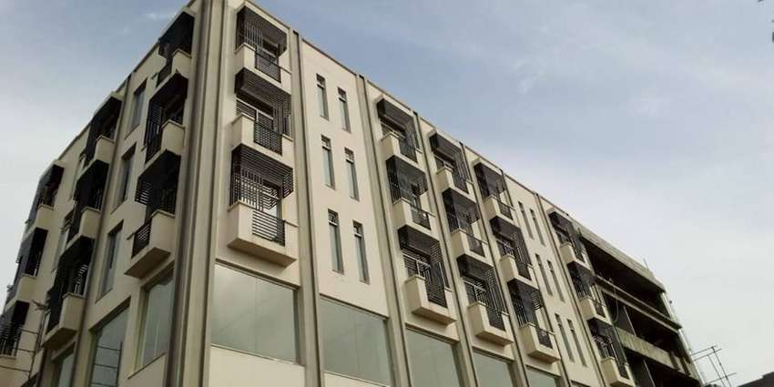 Brand New Apartment for sale Hot Location In Bahria Town Lahore 0