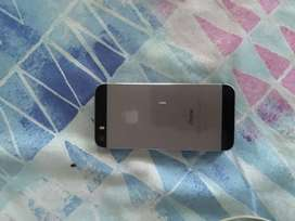 5S I phone with solid cover and charger