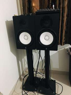 Yamaha HS8 Studio Monitor with amp and stands