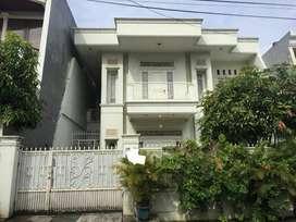 Dijual rumah di Kampung Ambon Rawamangun.