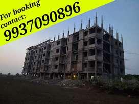 2bhk flat for sell at sunderpada-jatni main road side apartment.