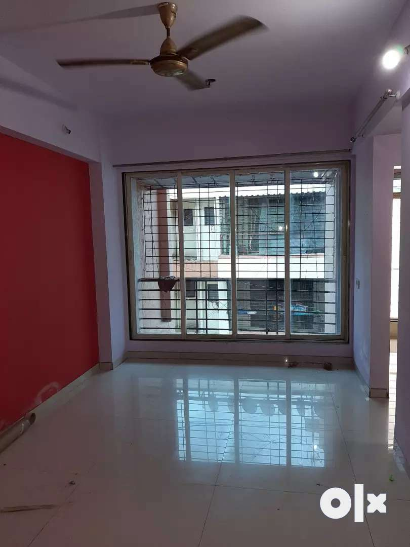 1BHK FLAT RENT IN AIROLI/18500/- ONLY FAMILY 0