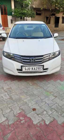 Honda City S model 2009 First owner PURE PETROL