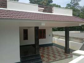 Brand new home, Ettumanoor - kadappor busroad 2 nd plot