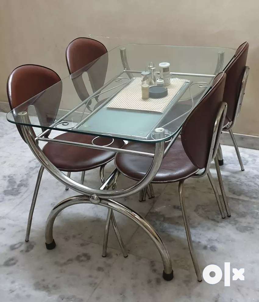 Glass top double tire dinning table 0