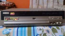 Samsung 3 CD player like new condition