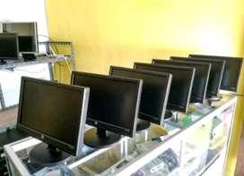 Experience UNBK pakai monitor buildup HP 16inc widescreen anti bosen