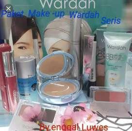 Kosmetik wardah trbaru