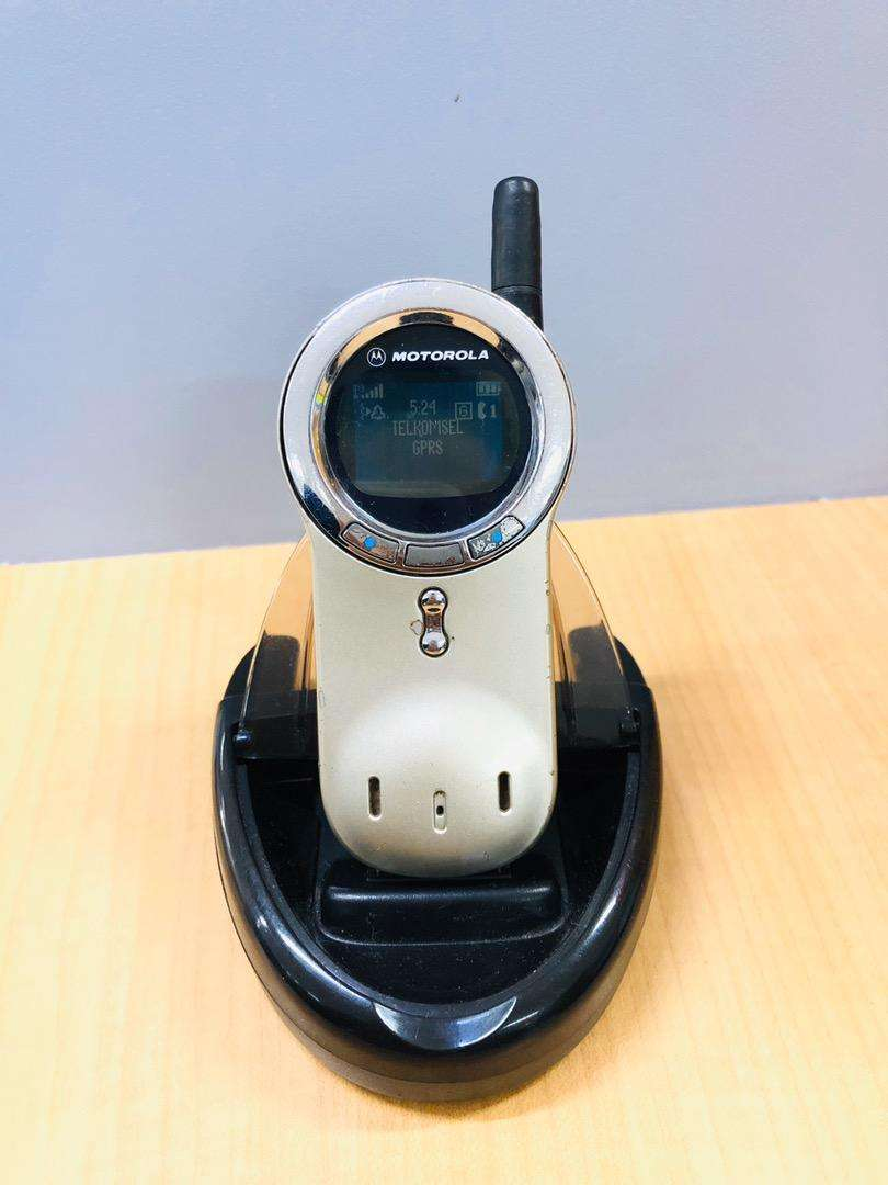 Motorola V70 Jadul Langka 0