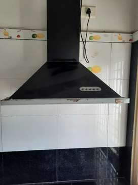 Kitchen Chimney + 4 burner stove