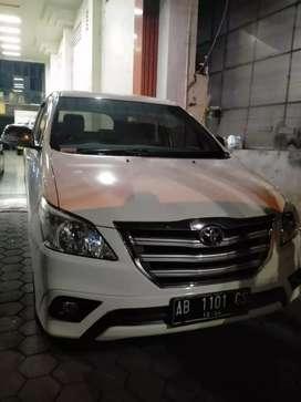 Kijang innova bensin mt 2014 istimewa