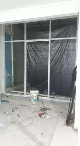 Partisi kaca alumunium dan pintu untuk ruko toko kantor dll
