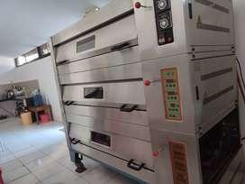 Oven deck gas 3 pintu isi 12 loyang (40x60) merk Heng Wei Taiwan bekas