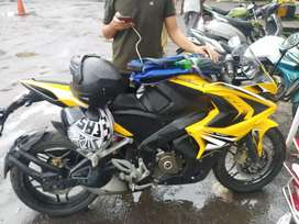 GOOD CONDITION RS 200