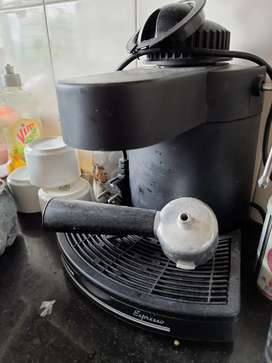 Imported expresso coffee maker with steam pipe