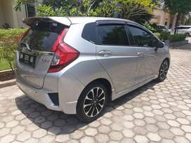 JAZZ RS MATIC KM 25 ribu.