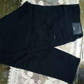Jeans pents new leftover available factory rate